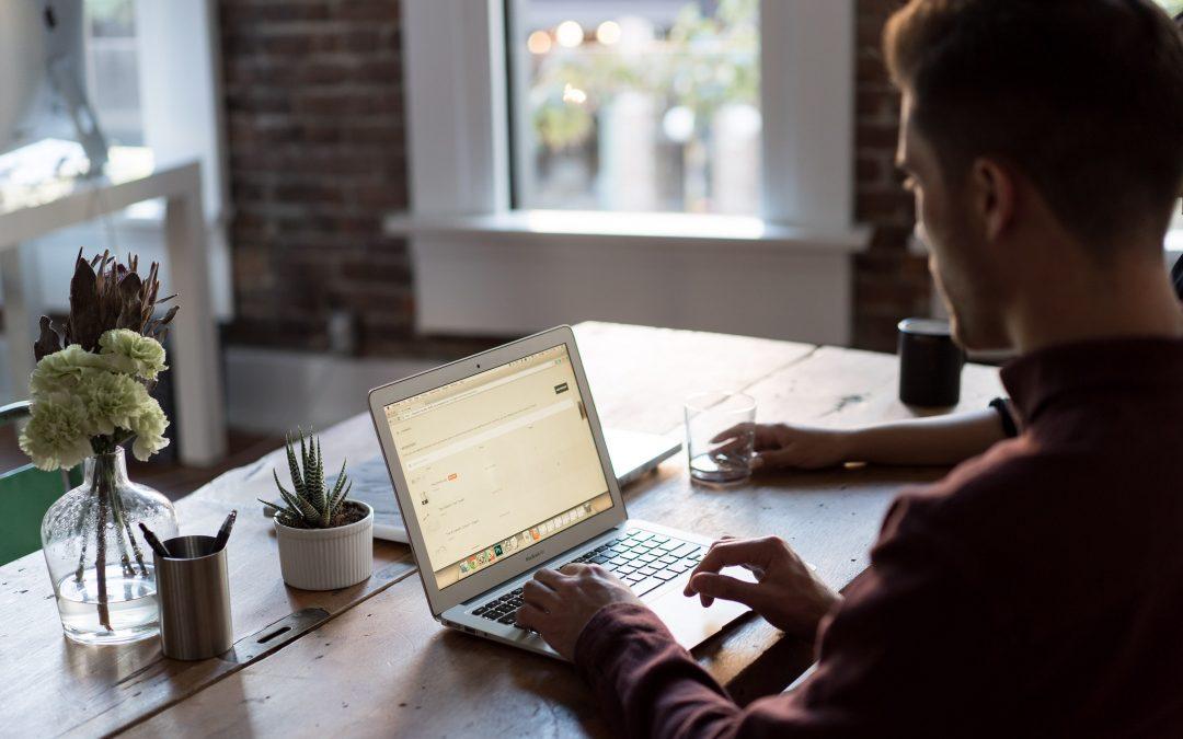 Presença digital: descubra o que é e por que ela é vantajosa para a sua empresa